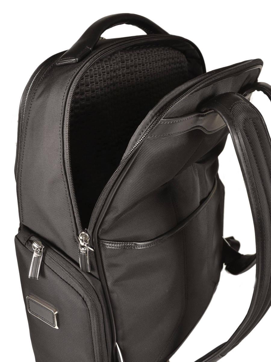 sac dos tumi arrive arrive en vente au meilleur prix. Black Bedroom Furniture Sets. Home Design Ideas